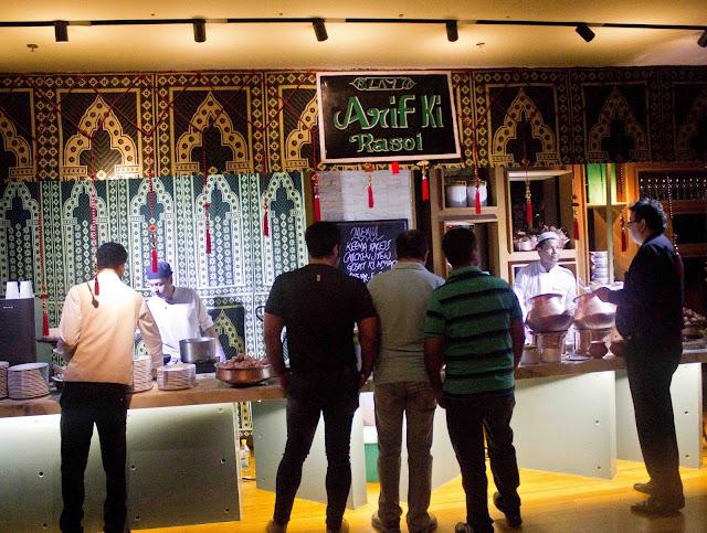 Arif Miyan Ki Rasoi | Foodaholix