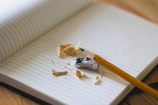 gambar-buku-dan-pensil