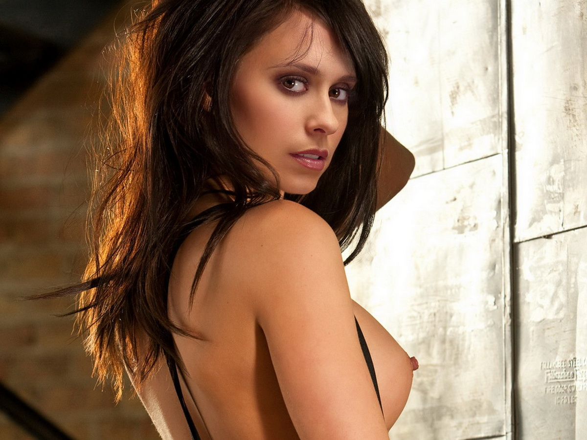 Jennifer Love Hewitt's Sexy New Role