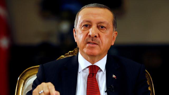 Erdogan acusa a un alto general estadounidense de aliarse con los golpistas
