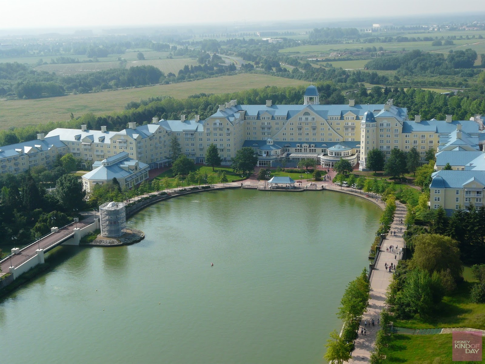 Newport Bay Hotel Reviews