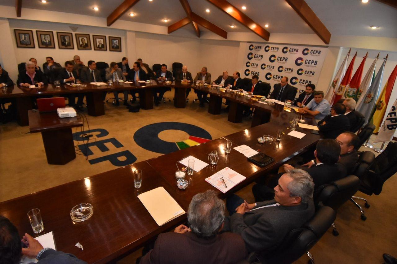 Representantes de todas las cámaras departamentales se reunieron en La Paz / CEPB