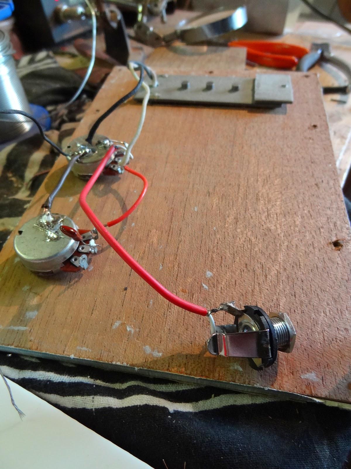 Shonky  Cigar Box Guitar  Construction