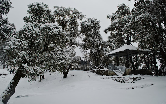 A shelter near Nag Tibba temple