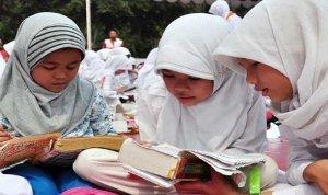 Program Wajib Baca 15 Menit Sebelum Pelajaran Dimulai