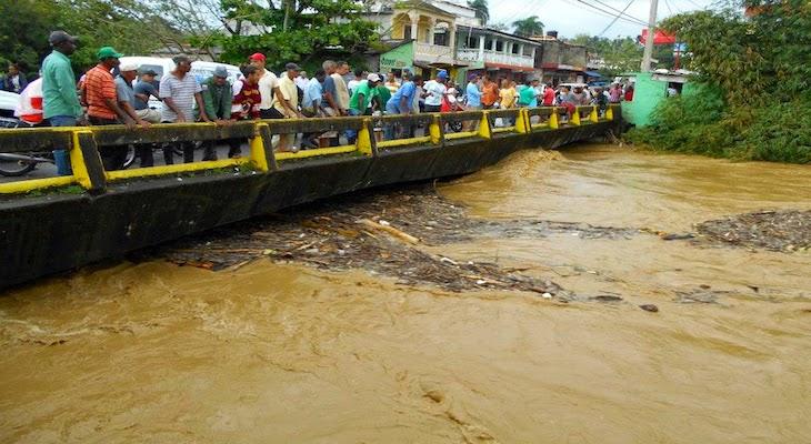 Resultado de imagen para FOTOS INUNDACIONES EN pUERTO pLATA Y GASPAR HERNANDEZ