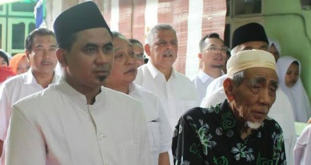 Gus Yasin Bantah Pernyataan Pendukung Prabowo yang Menyebut Mbah Moen Meramal Prabowo Akan Memimpin Indonesia
