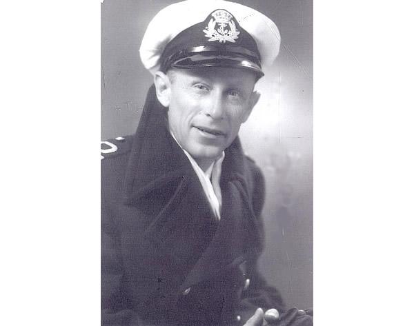 Lieutenant Ernie Palmer, 1943