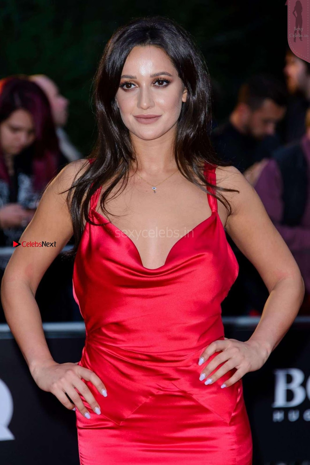 Roxie Nafousi suffers embarrassment as her dress exposes her tits at 2017 GQ Men of the Year awards in London Sep 2017