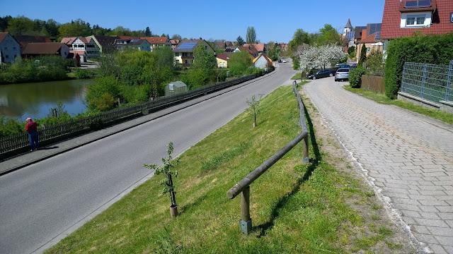 der Weg vor dem Grundstück heute (c) by Joachim Wenk