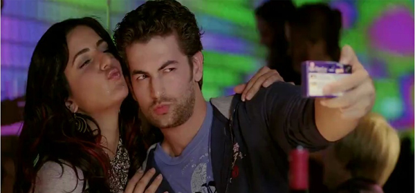 Screen Shot Of Hindi Movie New York (2009) Download And Watch Online Free at worldofree.co