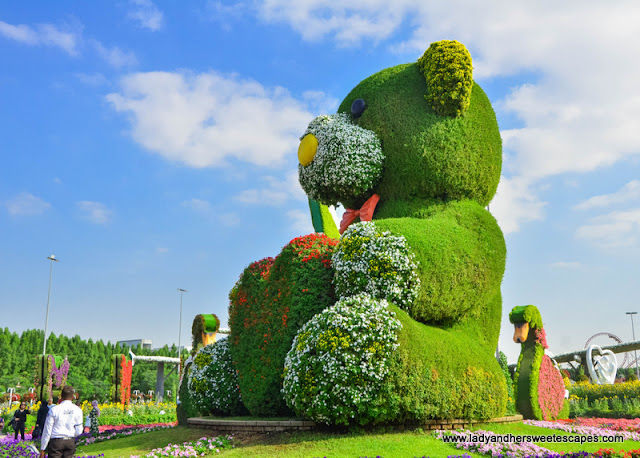 giant teddy bear in Dubai Miracle Garden