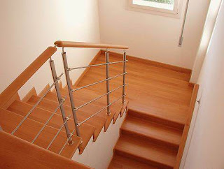 Wood House India: Modern Kerala style staircase designs