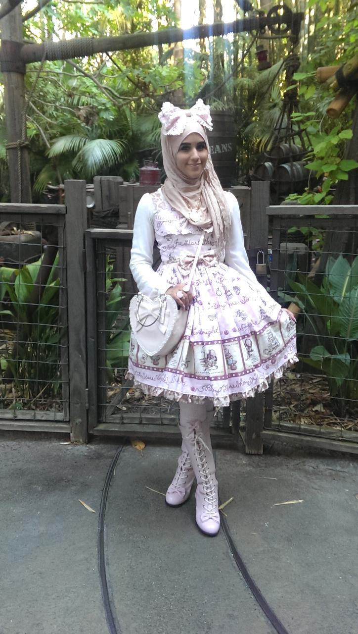 ازياء محجبات مستوحاة الموضة اليابانية tumblr_noofqm59MX1qi