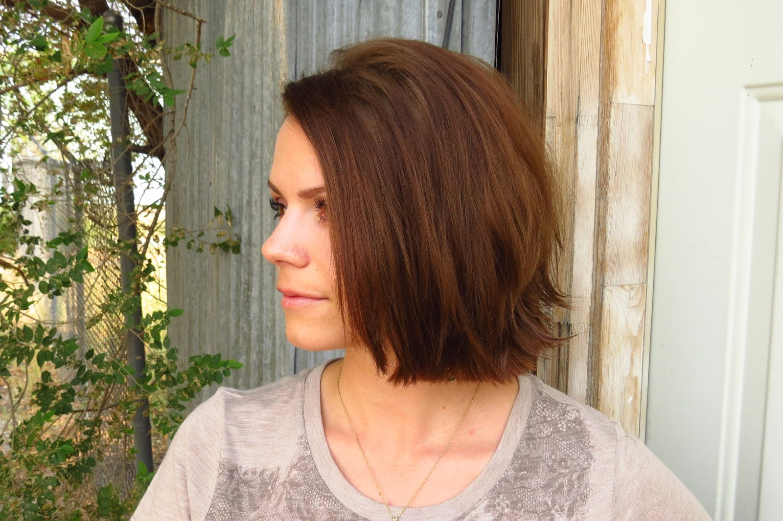 bye bye beehive │ a hairstyle blog: straight and flipped