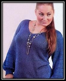 Vyazanie dlya jenschin Prostoi pulover svyazannii spicami so shemoi i opisaniem