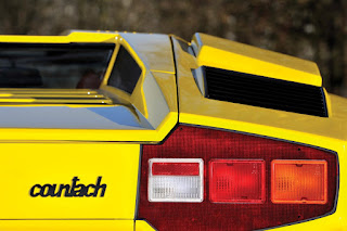 Lamborghini Countach LP400 Periscopio Taillights 01