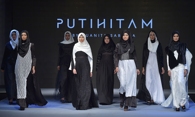 Indonesian - Jakarta International Islamic Fashion Festival 2016 Photos