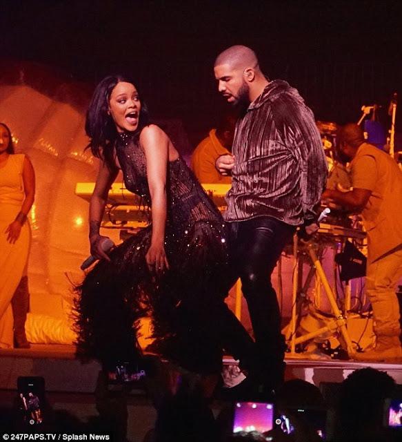 Drake aparece sorpresivamente en concierto de Rihanna en Miami (FOTOS + VIDEO)