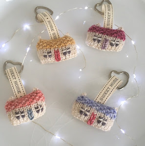 Wee House Key Rings & Brooches