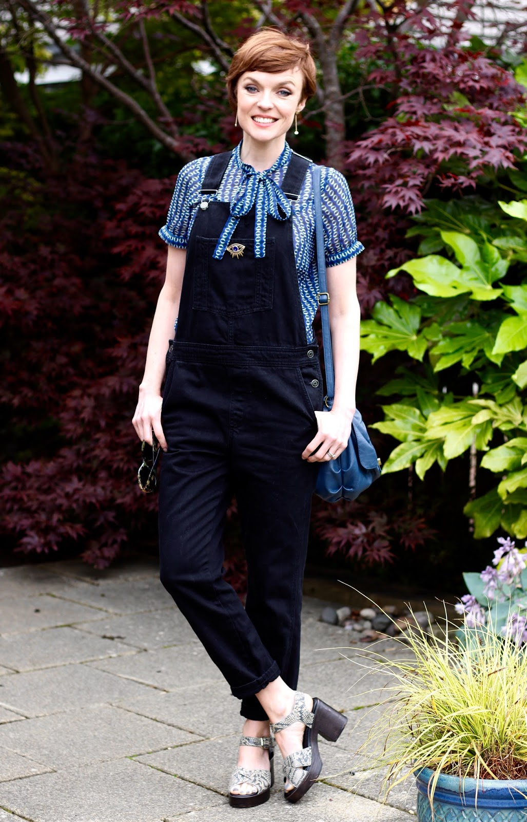 Fake Fabulous | Black denim Topshop dungarees, tie neck blouse and chunky Vagabond heels, over 40.