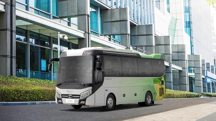 truong-hai-ra-mat-xe-bus-the-he-moi-thaco-garden-79s