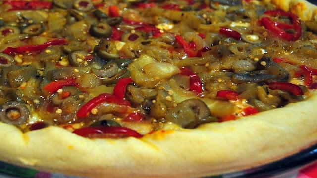 Recheio para Pizza de Berinjela e Pimentão (Imagem: Reprodução/Receitas do Boi)