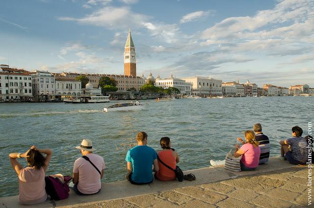Venecia atardecer viaje Italia turismo