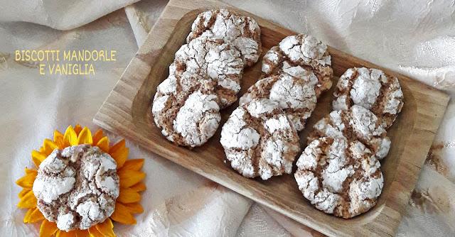biscotti mandorle e vaniglia