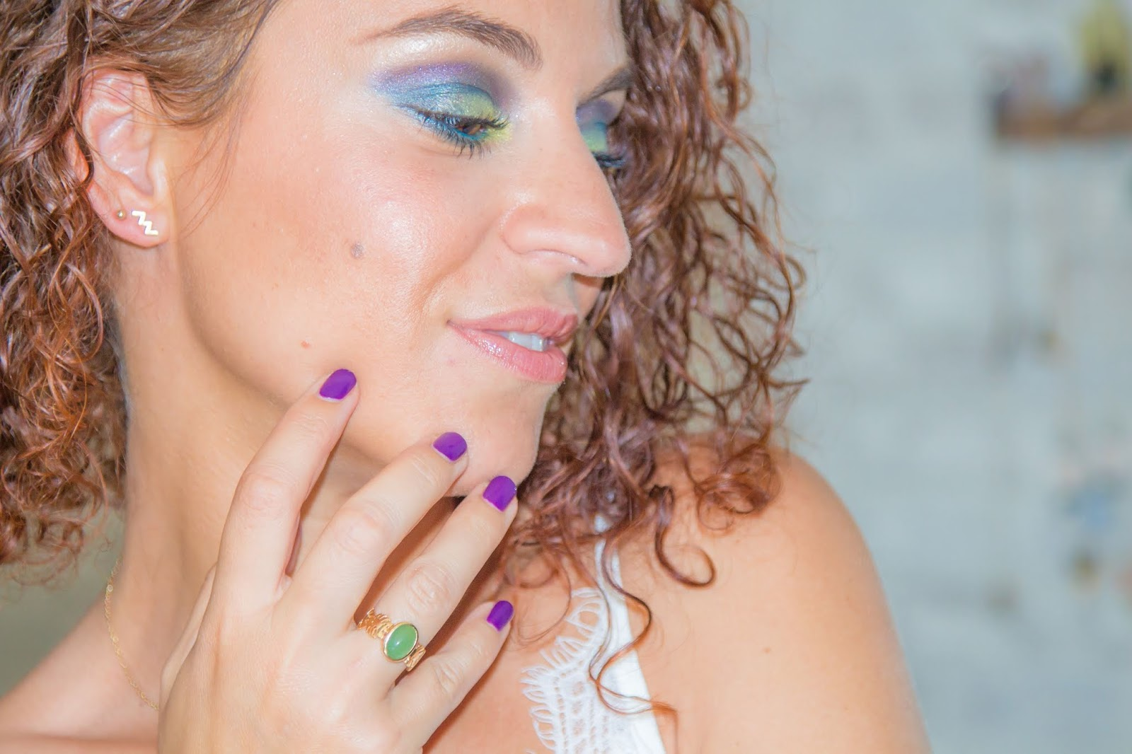 maquillage-estival-teal-vert-anis