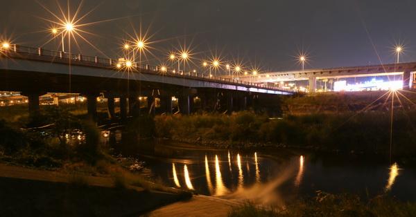 台中大里|大里橋夜景-交通繁忙的大里橋也有漂亮夜景