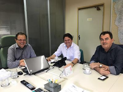 Resultado de imagem para ednaldo asfalto em Iguatu