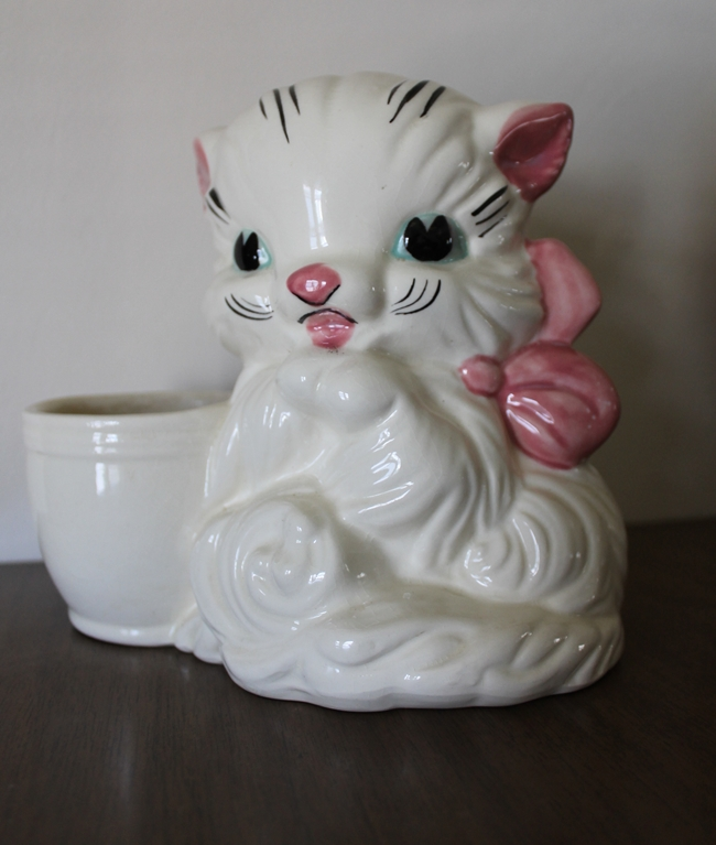 vintage kitty cat planter