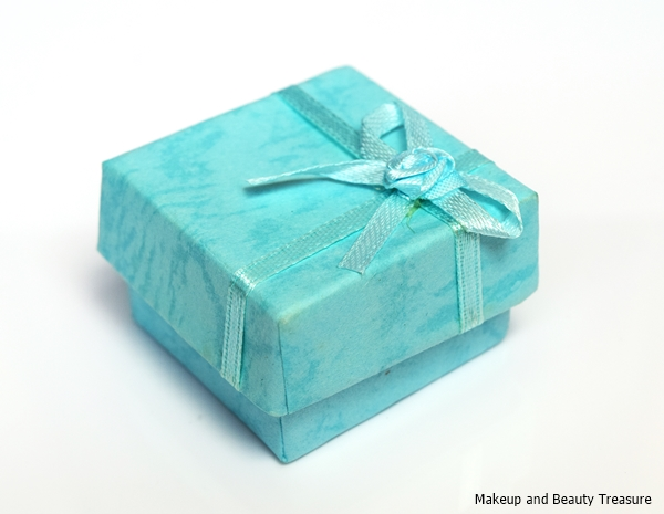 elephant necklace gift box