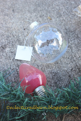 Eclectic Red Barn: Plastic bulbs filled with nail polish