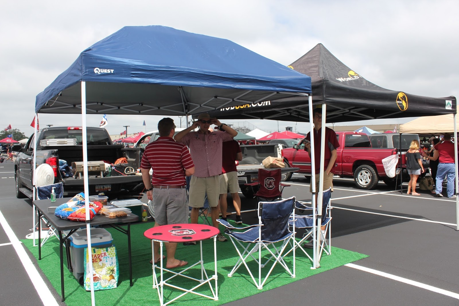 ... the tent is up and the grill is cooking something delicious that heu0027s prepared. I say that Kiawah is my happy place. Tailgating at a USC game is ... & Magnolia u0026 Main: Week 3: USC vs ECU