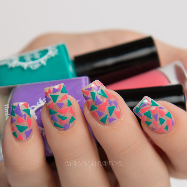 Powder-Perfect-Bermuda-Triangle-Nail-Art-Decals