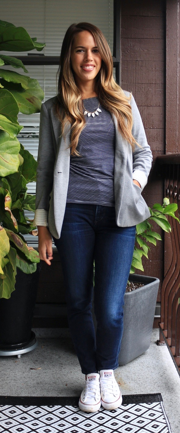 Jules in Flats - Jeans & a Blazer for Work (Fall Workwear on a Budget)