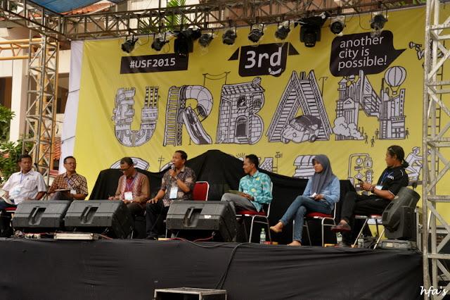 Panelis Panel 5 dari Aktivis Pendidikan Layak Anak