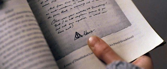 Знакът на Дровете на смъртта, нарисуван от Дъмбълдор в Хари Потър и даровете на смъртта
