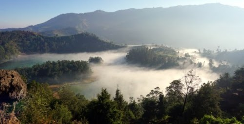 Paket Tour Jogja 1 Hari Sunrise Puncak Setumbu + Dieng Plateau Tour