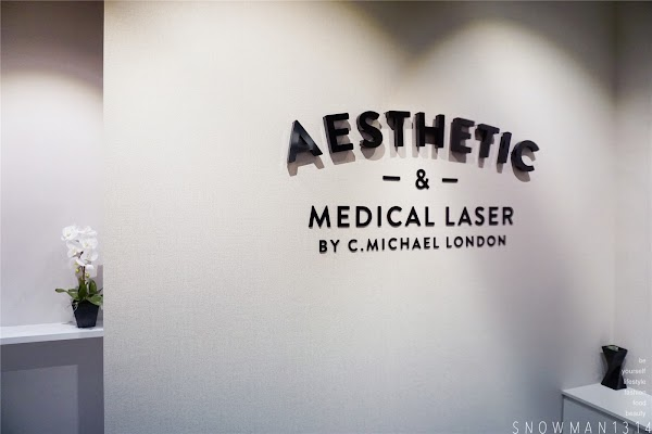 Signature Glow Treatment @ Aesthetic and Medical Laser Centre by C.Michael London
