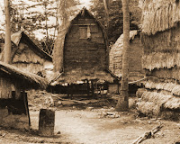 Keunikan-Rumah-Adat-Bale-Tani-Suku-Sasak-di-Desa-Sade-Lombok-Nusa-Tenggara-Barat