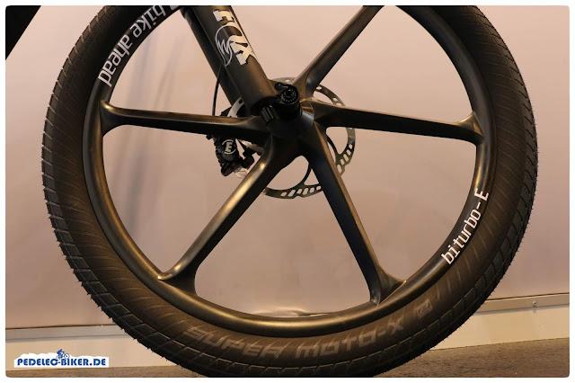 Nahezu alles ist beim M1 Spitzing Worldcup 2019 aus Carbon, selbst die Laufräder!