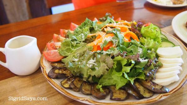 organic salad at merkado