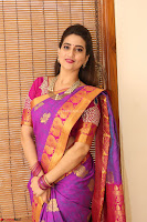 Anchor Manjoosha in Beautiful Kanjiwaram Saree at At Sankarabharanam Awards 2017 ~  Exclusive 022.JPG