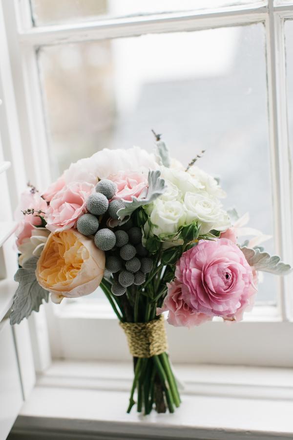 shabby+chic+wedding+spring+summer+pastel+champagne+pink+black+white+bride+groom+bouquet+ceremony+centerpiece+floral+flower+bridesmaid+dresses+dress+riverland+studios+8 - Charleston Pastel