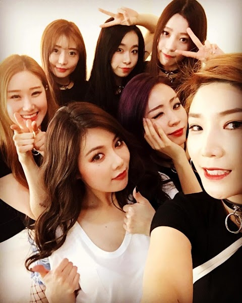 "✰VIDEO✰ Hyuna z ""Roll Deep"", ''Red'' i ""Bubble Pop!"" w HunanTV"