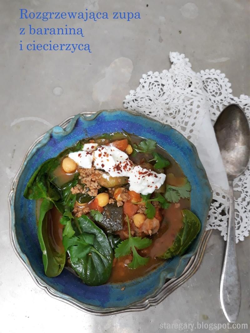 Rozgrzewająca zupa z baraniną i ciecierzycą