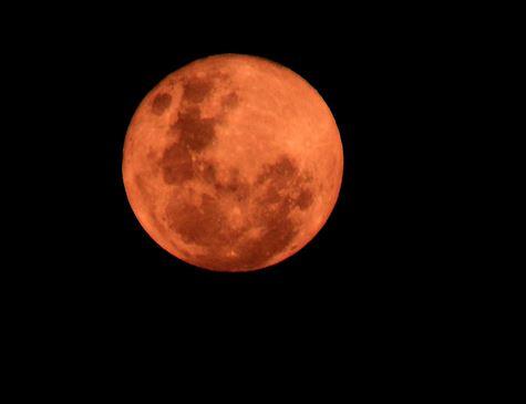 Eclipse mostrará todas as fases da lua neste domingo
